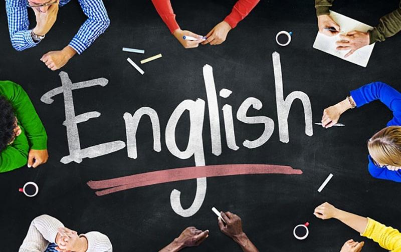 Benarkah Syarat Menjadi Pramugari Harus Bisa Bahasa Inggris